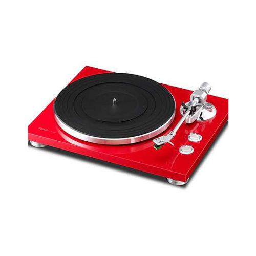 Roter Plattenspieler von Teac Modell TN-300 erhältlich im Hifi-Studio von Singer Hi-Fi & TV